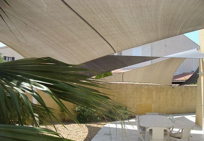 Bache parasol terrasse à Cassis, Cavalaire