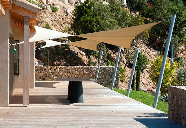 baches de protection solaire Le Lavandou