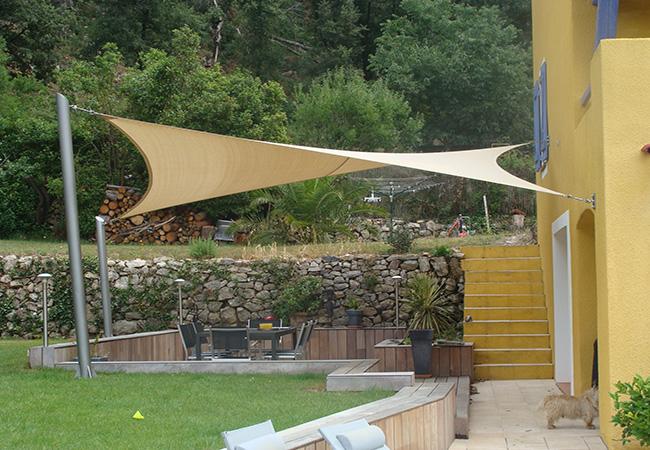 Shade sail garden in Nice