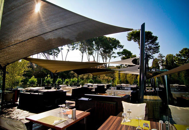 Shade sail for restaurant terrasse Toulon