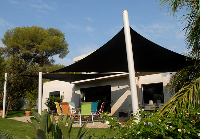 Terrace & garden shade sail in Toulon