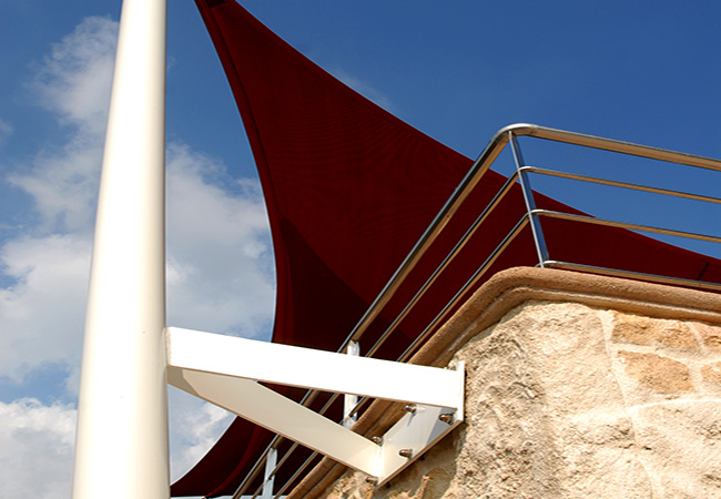 Sail shade balcony design in Saint-Laurent-du-Var